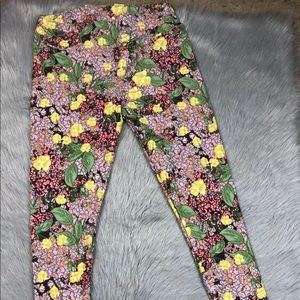 Lularoe TC multicolored floral leggings